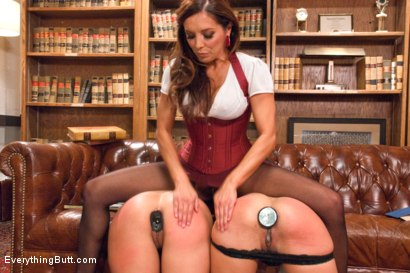 Photo number 3 from Punished Anal Sluts shot for Everything Butt on Kink.com. Featuring Francesca Le , Deanna Dare and Lyla Storm in hardcore BDSM & Fetish porn.