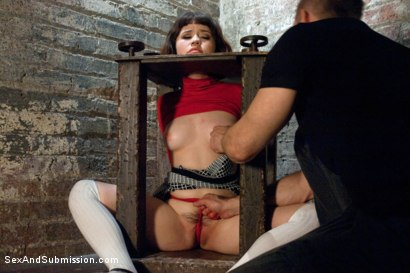 Photo number 5 from The Pain and the Pleasure shot for Sex And Submission on Kink.com. Featuring Bill Bailey and Yhivi in hardcore BDSM & Fetish porn.