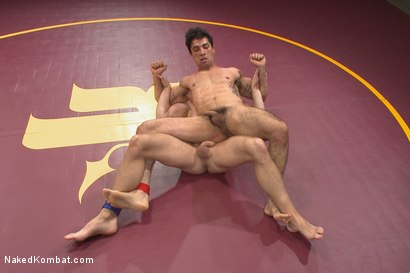 """Photo number 4 from Mikoah """"The Killer"""" Kan vs Conner """"The Crippler"""" Halsted  shot for Naked Kombat on Kink.com. Featuring Connor Halsted and Mikoah Kan in hardcore BDSM & Fetish porn."""