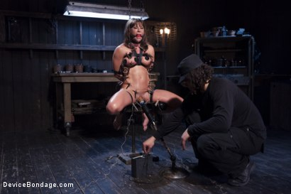 Photo number 13 from The Ultimate Surrender!!! shot for Device Bondage on Kink.com. Featuring Orlando and Ariel X in hardcore BDSM & Fetish porn.