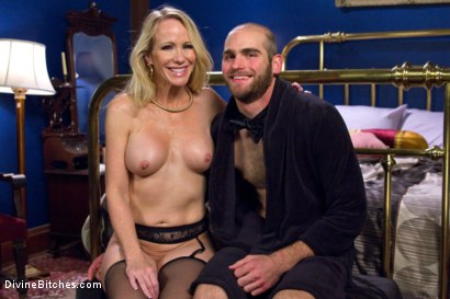 Photo number 7 from Simone Sonay is Mrs. S: ULTIMATE MILF Femdom! shot for Divine Bitches on Kink.com. Featuring Jonah Marx and Simone Sonay in hardcore BDSM & Fetish porn.