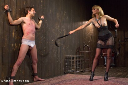 Photo number 1 from Deviant Tart shot for Divine Bitches on Kink.com. Featuring Mona Wales and Jay West in hardcore BDSM & Fetish porn.