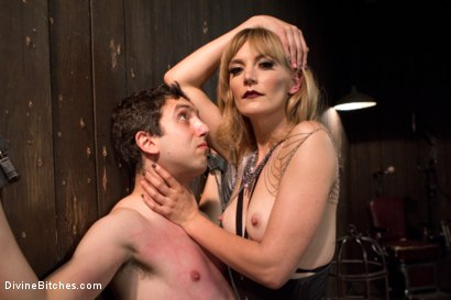 Photo number 2 from Deviant Tart shot for Divine Bitches on Kink.com. Featuring Mona Wales and Jay West in hardcore BDSM & Fetish porn.