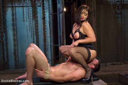 Photo number 15 from Oiled Ass Worship and Power Tools shot for Divine Bitches on Kink.com. Featuring Abel Archer and Lea Lexis in hardcore BDSM & Fetish porn.