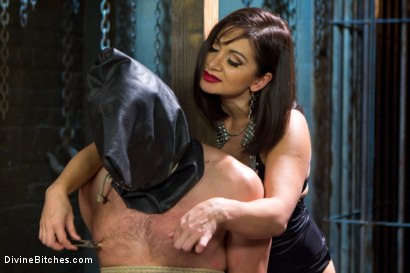 Photo number 2 from Oiled Ass Worship and Power Tools shot for Divine Bitches on Kink.com. Featuring Abel Archer and Lea Lexis in hardcore BDSM & Fetish porn.