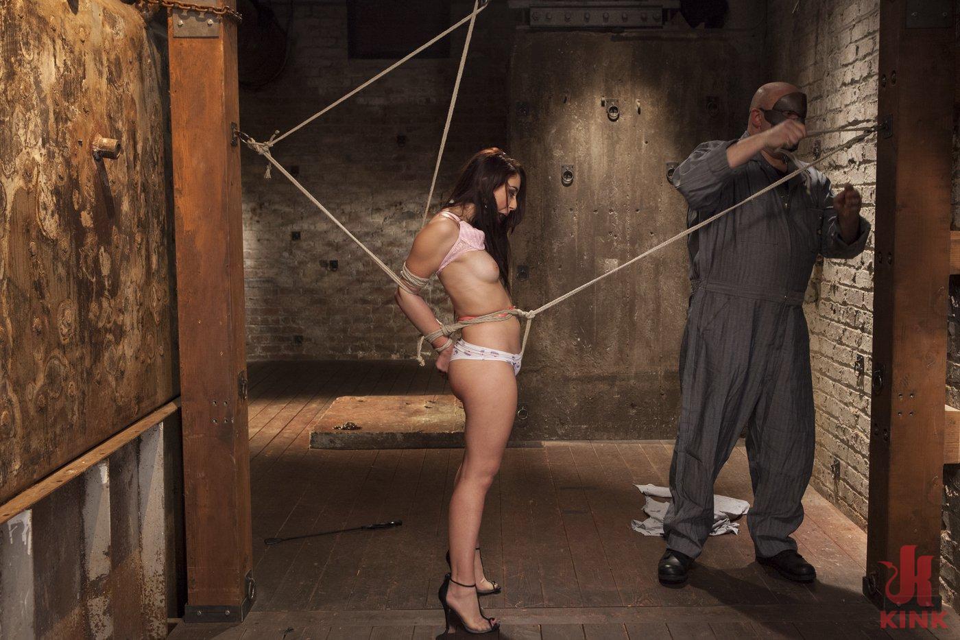 videos free girl bondage
