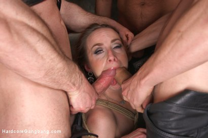 Photo number 8 from Queen pussy stuffed chock full of cock and cum! shot for Hardcore Gangbang on Kink.com. Featuring Bella Rossi, John Strong, Karlo Karrera, Owen Gray, Ramon Nomar and James Bondage in hardcore BDSM & Fetish porn.