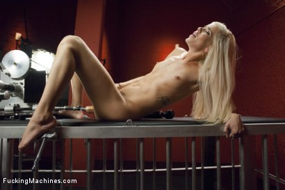 Photo number 11 from Merrry Christmas- She Squirts for the FIRST TIME IN HER LIFE! Shocked! shot for Fucking Machines on Kink.com. Featuring Halle Von in hardcore BDSM & Fetish porn.