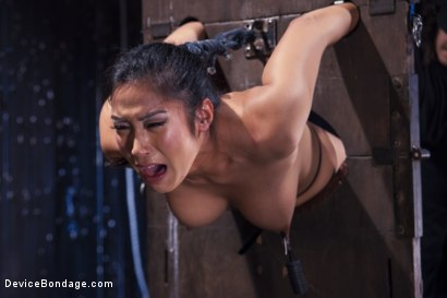 Photo number 3 from Hot Asian, Hard Steel, Brutal Torment, and Extreme Orgasms! shot for Device Bondage on Kink.com. Featuring Orlando and Mia Li in hardcore BDSM & Fetish porn.