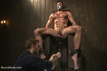 Photo number 4 from Muscle captive submits to the hands of Mr Wilde shot for Bound Gods on Kink.com. Featuring Billy Santoro and Christian Wilde in hardcore BDSM & Fetish porn.