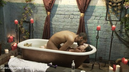 Photo number 7 from Deep Kissing & Bathtub Sex shot for Kink University on Kink.com. Featuring Juliette March and Mickey Mod in hardcore BDSM & Fetish porn.