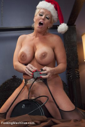 Photo number 5 from HAPPY HOLIDAYS FROM THE CROTCHES OF BABES! SYBIAN BONUS shot for Fucking Machines on Kink.com. Featuring Halle Von, Lotus Lain, Alura Jenson, Syren de Mer and CiCi Rhodes in hardcore BDSM & Fetish porn.