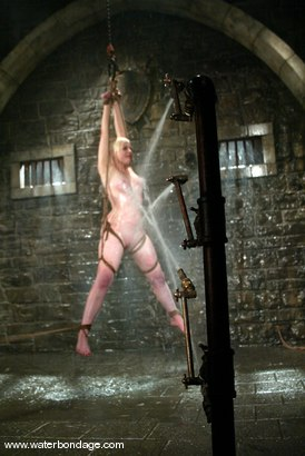 Photo number 8 from Lorelei Lee shot for Water Bondage on Kink.com. Featuring Lorelei Lee in hardcore BDSM & Fetish porn.