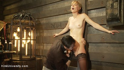 Photo number 11 from Oral Sex the Dominant Way - Blowjobs and Cunnilingus shot for Kink University on Kink.com. Featuring Mona Wales and Danarama in hardcore BDSM & Fetish porn.