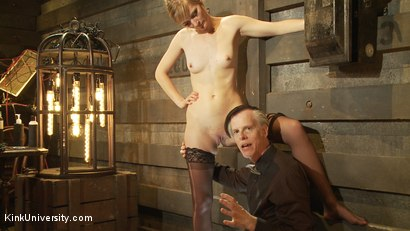 Photo number 7 from Oral Sex the Dominant Way - Blowjobs and Cunnilingus shot for Kink University on Kink.com. Featuring Mona Wales and Danarama in hardcore BDSM & Fetish porn.