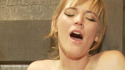 Photo number 14 from Oral Sex the Dominant Way - Blowjobs and Cunnilingus shot for Kink University on Kink.com. Featuring Mona Wales and Danarama in hardcore BDSM & Fetish porn.