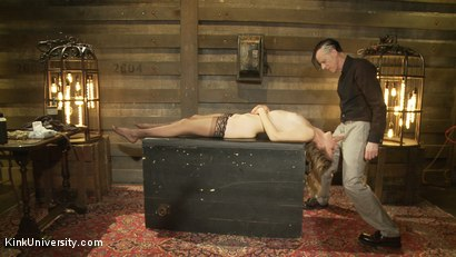 Photo number 30 from Oral Sex the Dominant Way - Blowjobs and Cunnilingus shot for Kink University on Kink.com. Featuring Mona Wales and Danarama in hardcore BDSM & Fetish porn.