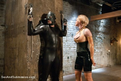 Photo number 3 from Revenge of the Gimp - Payback's a Bitch! shot for Sex And Submission on Kink.com. Featuring Dee Williams and Bill Bailey in hardcore BDSM & Fetish porn.