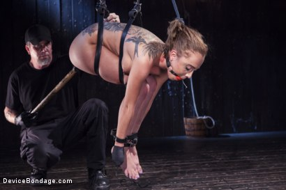Photo number 8 from Afraid of the Dark shot for Device Bondage on Kink.com. Featuring Roxanne Rae in hardcore BDSM & Fetish porn.