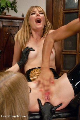 Photo number 2 from Nina Hartley trains the gape shot for Everything Butt on Kink.com. Featuring Daisy Ducati, Mona Wales and Nina Hartley in hardcore BDSM & Fetish porn.