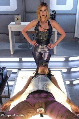 Photo number 3 from Lesbian Abyss: Skin Diamond submits to Her Devious Lesbian Desires shot for Whipped Ass on Kink.com. Featuring Aiden Starr, Skin Diamond and Maitresse Madeline Marlowe in hardcore BDSM & Fetish porn.