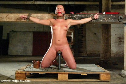 Photo number 11 from Sandra Romain and Katja Kassin shot for Wired Pussy on Kink.com. Featuring Katja Kassin and Sandra Romain in hardcore BDSM & Fetish porn.
