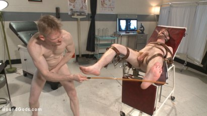 Photo number 11 from Helplessly bound Seamus O'Reilly fisted on the hospital night shift shot for Bound Gods on Kink.com. Featuring Rob Yaeger and Seamus O'Reilly in hardcore BDSM & Fetish porn.