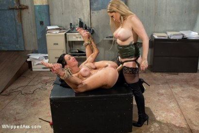 Photo number 11 from MILF Squirts for Hours: Veronica Avluv double fisted, anally fucked! shot for Whipped Ass on Kink.com. Featuring Aiden Starr and Veronica Avluv in hardcore BDSM & Fetish porn.