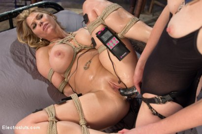 Photo number 7 from Carissa Montgomery Shocked, Topped and Electrofucked by Mona Wales shot for Electro Sluts on Kink.com. Featuring Mona Wales and Carissa Montgomery in hardcore BDSM & Fetish porn.