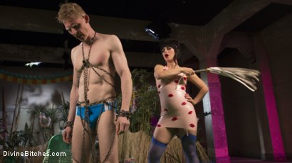 Photo number 20 from FemDom Pool Party shot for Divine Bitches on Kink.com. Featuring Rob Yaeger and Siouxsie Q in hardcore BDSM & Fetish porn.