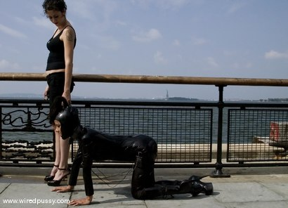 Photo number 2 from WIREDPUSSY IN NEW YORK<Br>Part 3<br>Wiredpussy presents a series of public shoots all shot in NYC shot for Wired Pussy on Kink.com. Featuring Nadia Styles and Mistress Hidest in hardcore BDSM & Fetish porn.