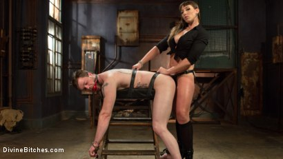 Photo number 6 from Her Muscles, Her Pleasure shot for Divine Bitches on Kink.com. Featuring Mistress Kara and Mike Panic in hardcore BDSM & Fetish porn.
