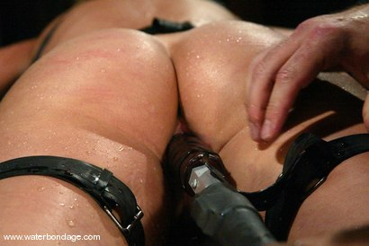 Photo number 15 from Kelly Wells shot for Water Bondage on Kink.com. Featuring Kelly Wells in hardcore BDSM & Fetish porn.