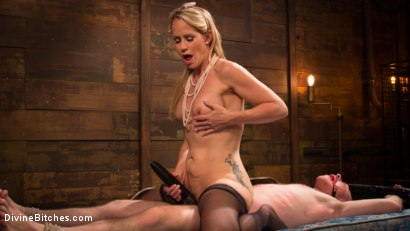Photo number 14 from Mrs. S. is Evil As Pie shot for Divine Bitches on Kink.com. Featuring Damien Moreau and Simone Sonay in hardcore BDSM & Fetish porn.