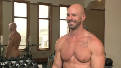 Photo number 15 from Pervy handyman has his way with a hot muscle god at the gym shot for Men On Edge on Kink.com. Featuring Mitch Vaughn in hardcore BDSM & Fetish porn.