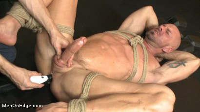 Photo number 13 from Pervy handyman has his way with a hot muscle god at the gym shot for Men On Edge on Kink.com. Featuring Mitch Vaughn in hardcore BDSM & Fetish porn.