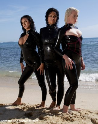 Photo number 1 from Tomcat's Angels: Deep In Paradise. Part 2 shot for Fucking Machines on Kink.com. Featuring Nadia Styles, Dana DeArmond, Ariel X, Lorelei Lee and Mia Bangg in hardcore BDSM & Fetish porn.