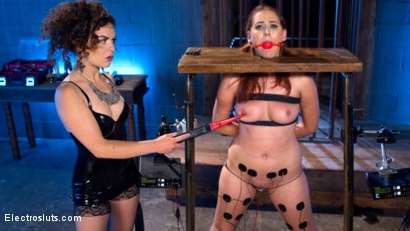 Photo number 5 from Juliette March vs. Newbie Electroslut shot for Electro Sluts on Kink.com. Featuring Juliette March and Aali Rousseau in hardcore BDSM & Fetish porn.