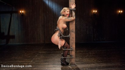 Photo number 3 from Her Submission shot for Device Bondage on Kink.com. Featuring Kleio Valentien and The Pope in hardcore BDSM & Fetish porn.