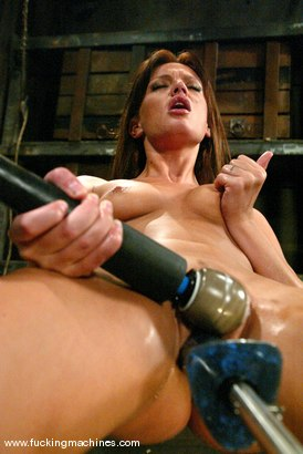 Photo number 14 from Holly Wellin shot for Fucking Machines on Kink.com. Featuring Holly Wellin in hardcore BDSM & Fetish porn.