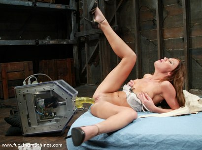 Photo number 2 from Holly Wellin shot for Fucking Machines on Kink.com. Featuring Holly Wellin in hardcore BDSM & Fetish porn.