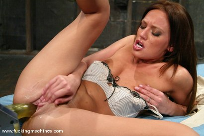Photo number 4 from Holly Wellin shot for Fucking Machines on Kink.com. Featuring Holly Wellin in hardcore BDSM & Fetish porn.