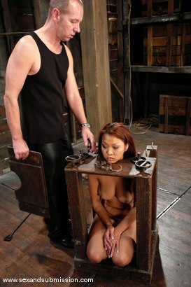 Photo number 6 from Jazmine Leih and Chris Charming shot for Sex And Submission on Kink.com. Featuring Chris Charming and Jazmine Leih in hardcore BDSM & Fetish porn.