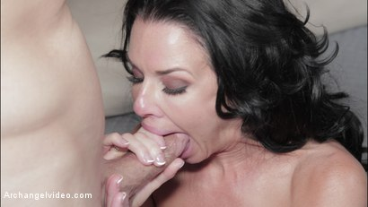 Photo number 10 from True MILF shot for Archangel on Kink.com. Featuring Veronica Avluv and Mr. Pete in hardcore BDSM & Fetish porn.