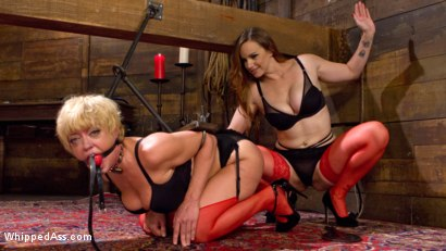Photo number 2 from When the Cat's Away Slutty Slaves Play shot for Whipped Ass on Kink.com. Featuring Bella Rossi and Dee Williams in hardcore BDSM & Fetish porn.