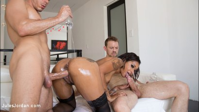 Photo number 6 from Skin Diamond Oiled Up And Ready For Double Penetration shot for Jules Jordan on Kink.com. Featuring Skin Diamond in hardcore BDSM & Fetish porn.