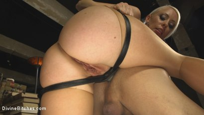Photo number 21 from Lorelei Lee Returns to Humiliate Jock Fuckboy shot for Divine Bitches on Kink.com. Featuring Lorelei Lee and Alexander Gustavo in hardcore BDSM & Fetish porn.
