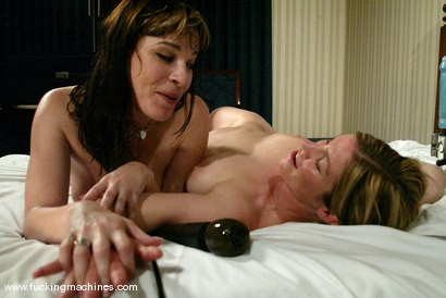 Photo number 15 from Dana DeArmond and Lindsey Grant shot for Fucking Machines on Kink.com. Featuring Dana DeArmond and Lindsey Grant in hardcore BDSM & Fetish porn.