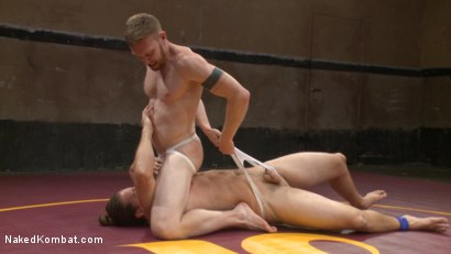 Photo number 3 from Kip Johnson vs Cass Bolton shot for Naked Kombat on Kink.com. Featuring Cass Bolton and Kip Johnson in hardcore BDSM & Fetish porn.