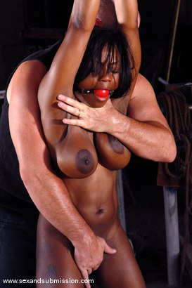Photo number 4 from El Rancho shot for Sex And Submission on Kink.com. Featuring Mark Davis, Jada Fire and Tawni Ryden in hardcore BDSM & Fetish porn.